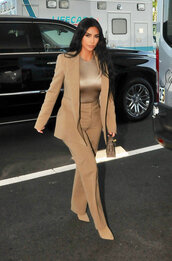jacket,kim kardashian,kardashians,camel,blazer,suit,pants,work outfits,monochrome outfit