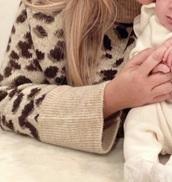 sweater,leopard print,crewneck,bell sleeves