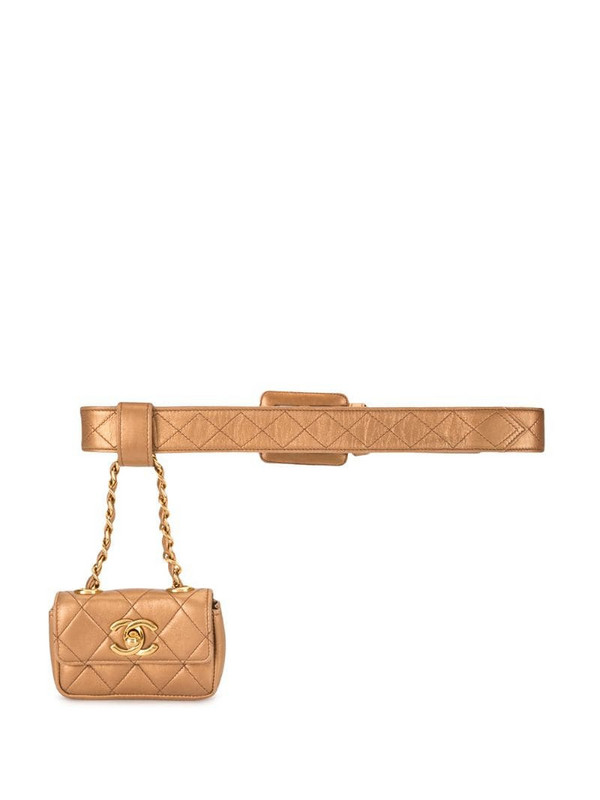 Chanel Pre-Owned diamond quilted hanging belt bag in gold
