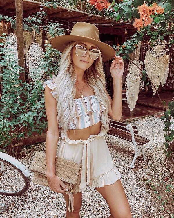 top crop tops striped top shorts hat sunglasses bag