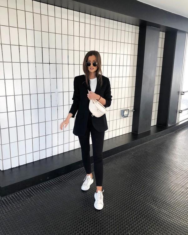 jacket black blazer white sneakers black skinny jeans white t-shirt belt bag