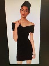 dress,black dress,velvet,off the shoulder,bodycon dress