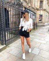 shorts,black shorts,denim shorts,white sneakers,white shirt,cap