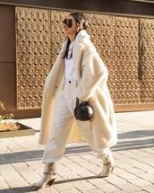 coat,teddy bear coat,white coat,oversized coat,snake print,white boots,basket bag,white pants,high waisted pants,white t-shirt
