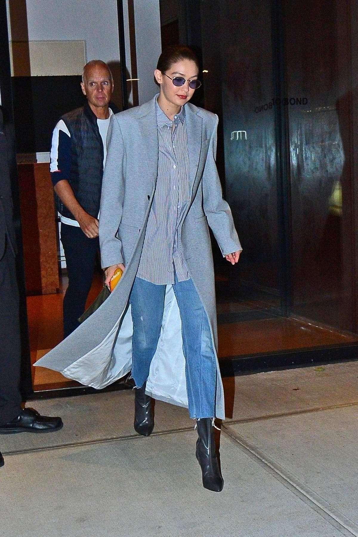 sunglasses denim coat jeans gigi hadid model off-duty fall outfits
