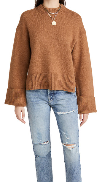 FRAME Leon Sweater in camel