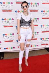 shoes,jeans,white,top,pumps,celebrity,bella thorne,sunglasses