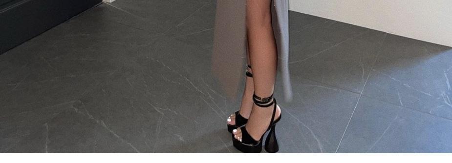 shoes talons noir vintage kylie jenner