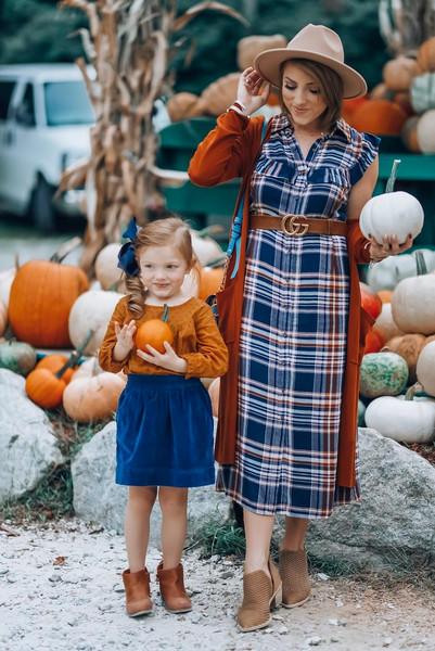 something delightful blogger dress shoes cardigan belt hat bag top skirt