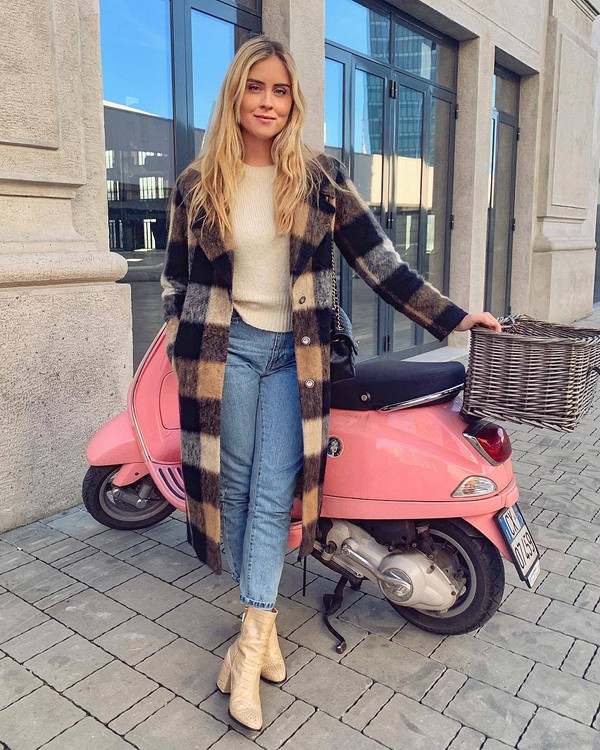 coat wool coat long coat plaid ankle boots heel boots straight jeans high waisted jeans knitted sweater
