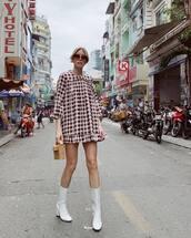 bag,mini bag,white boots,heel boots,plaid dress,mini dress