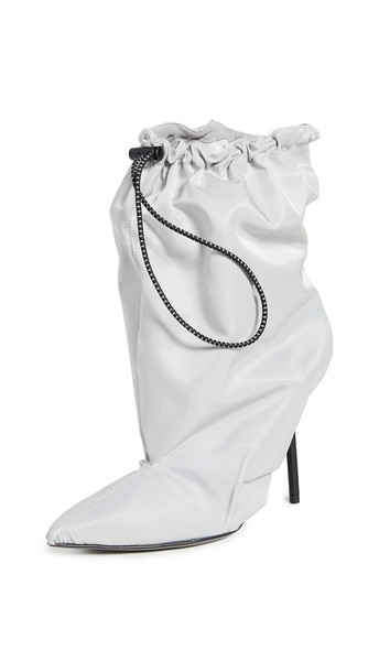 Unravel Project Drawstring Booties in grey