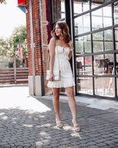 dress,white dress,mini dress,sleeveless dress,white bag,sandals