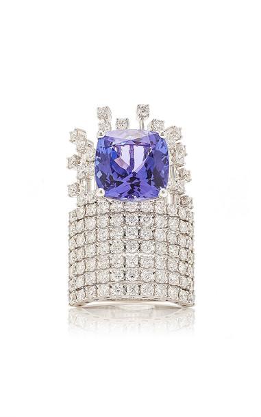 Hueb Diamond and Tanzanite Ring in white