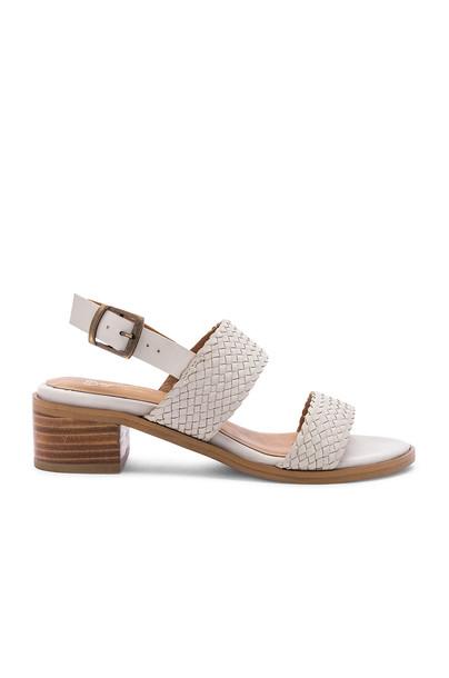 Seychelles Bring It Back Sandal in white