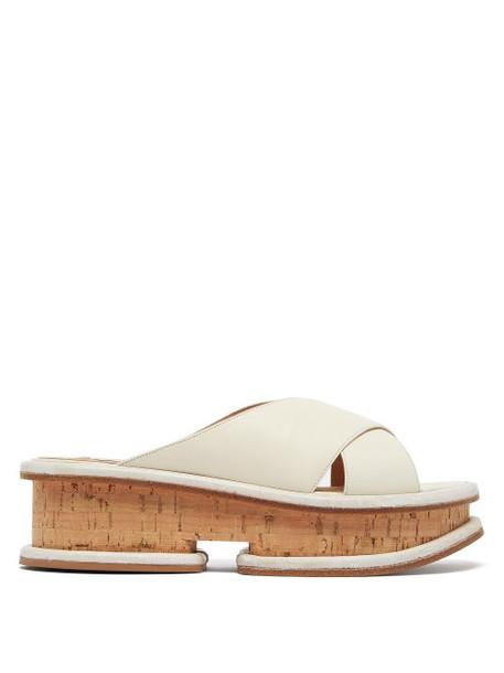 Gabriela Hearst - Gryphius Leather Flatform Slides - Womens - Cream