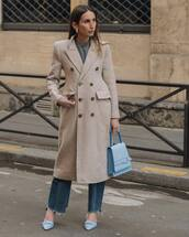bag,handbag,blue bag,pumps,cropped jeans,flare jeans,plaid,double breasted,beige coat,long coat,grey top