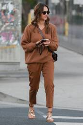 sweater,camel,brown,fall outfits,fall sweater,fall colors,jessica alba,celebrity,pants