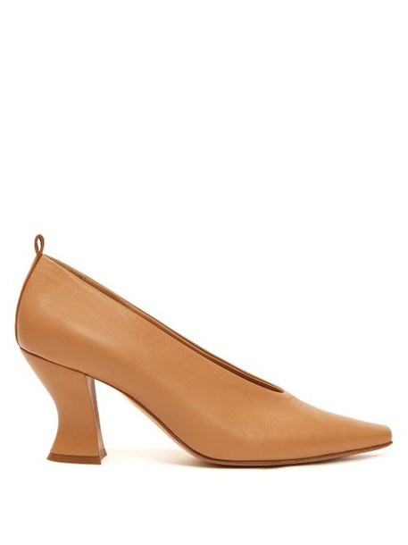 Bottega Veneta - Block Heel Leather Pumps - Womens - Nude