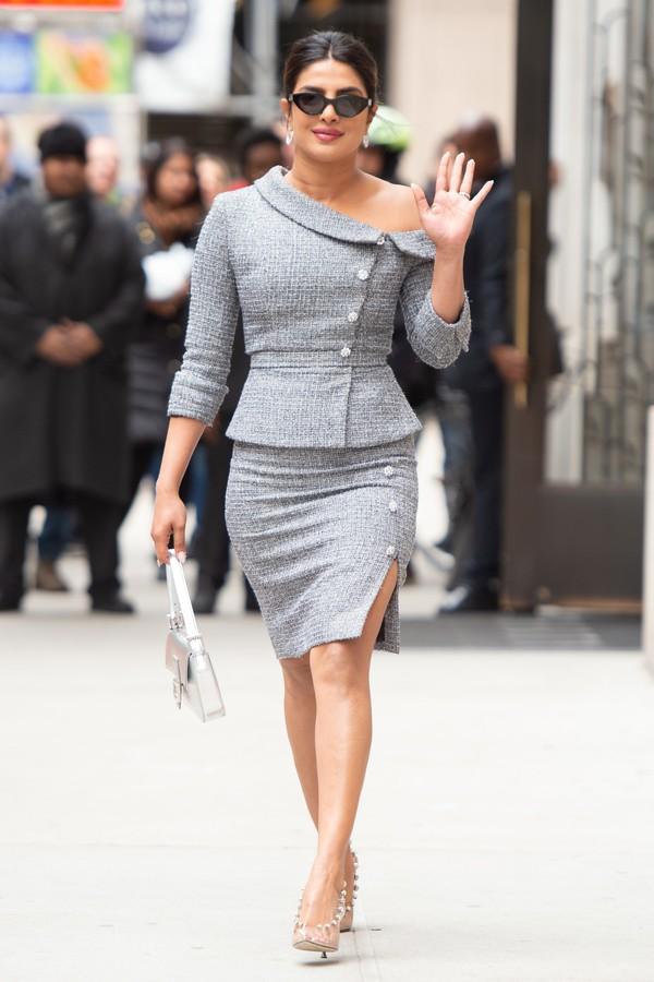 shoes pumps celebrity blazer grey skirt priyanka chopra