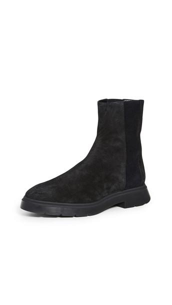 Stuart Weitzman Romy Boots in black
