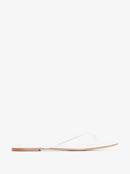 Studio Amelia white 2.2 croc effect vegan leather sandals