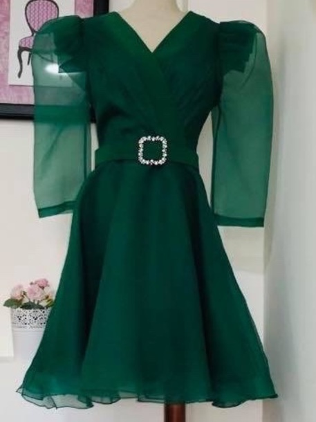 dress green dress belted dress embellished dress midi dress party dress green belt embellished party gown emerald green emerald green dress emerald green formal dresses silver prom dress evening dress new year's eve formal dresses evening dresses evening evening outfits