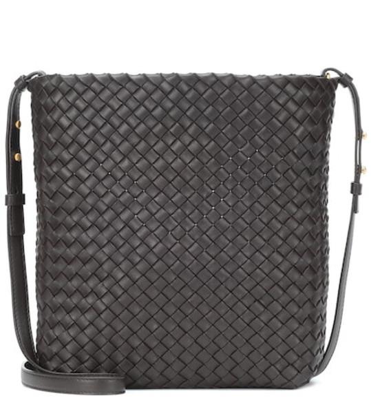 Bottega Veneta Intrecciato leather shoulder bag in black