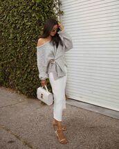 bag,white bag,handbag,white skirt,midi skirt,zara,grey sweater,oversized sweater