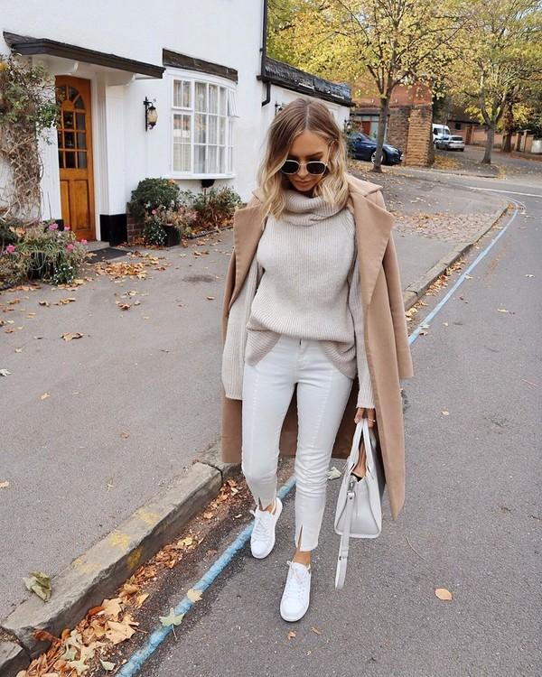 sweater turtleneck sweater white sweater skinny pants white bag long coat