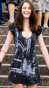 dress,skins,effy stonem,effy from skins,effys dress in fire,effy