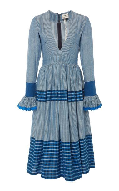 Escvdo Cora V-Neck Midi Dress in blue