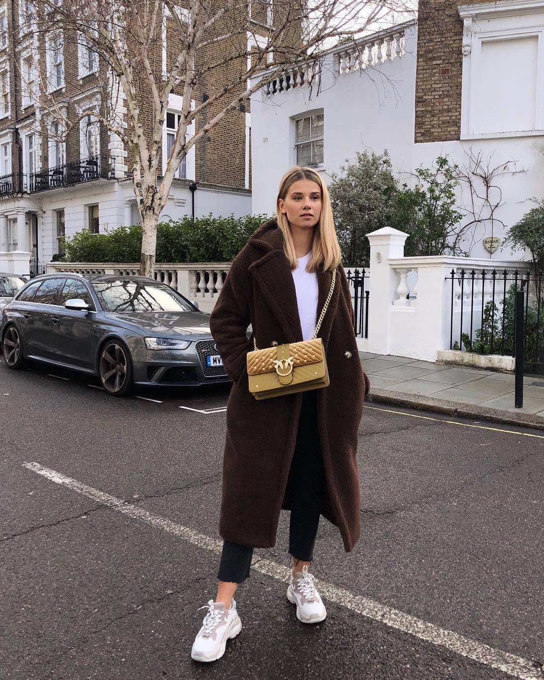 bag crossbody bag white sneakers cropped jeans straight jeans black jeans brown coat double breasted teddy bear coat white top