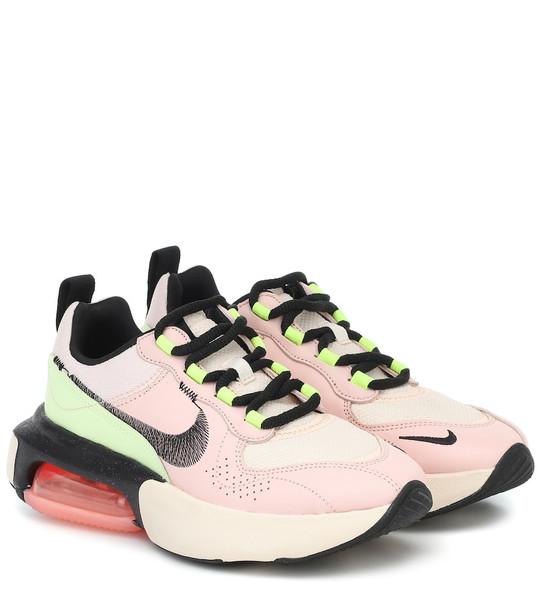 Nike Air Max Verona sneakers in pink