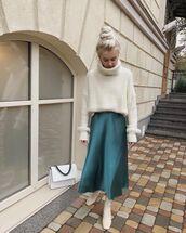 skirt,midi skirt,white boots,ankle boots,turtleneck sweater,white sweater,white bag