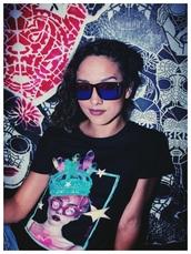 shirt,pastel goth,harajuku,kawaii,kawaii grunge,t-shirt,graphic tee,queen,crown,crystal,pastel