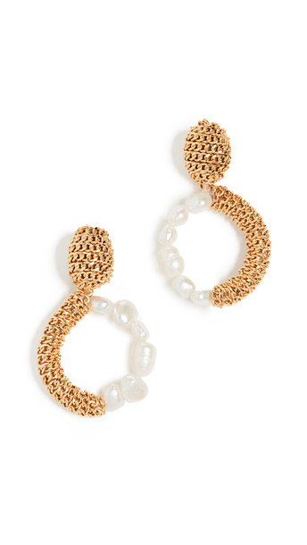 Oscar de la Renta Chain & Imitation Pearl Hoop Earrings in gold