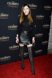 shoes,all black everything,turtleneck,bella thorne,celebrity,mini skirt,over the knee boots,fall outfits