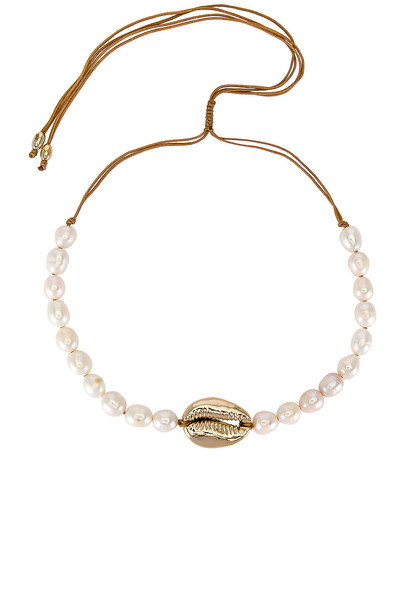 joolz by Martha Calvo Pearl Puka Shell Choker in gold / metallic