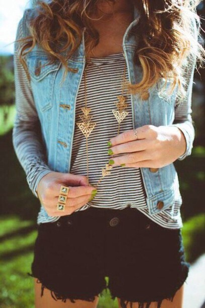 jewels gold denim stripes black and white denim jacket vest striped t-shirt black and white t-shirt denim vest shorts shirt black shorts