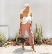 top,crop tops,white,flowy,off the shoulder