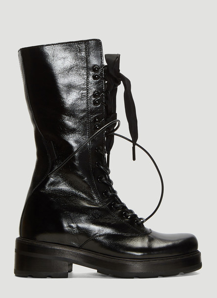 Olivier Theyskens Cracked Leather Lace-Up Boots in Black size EU - 39