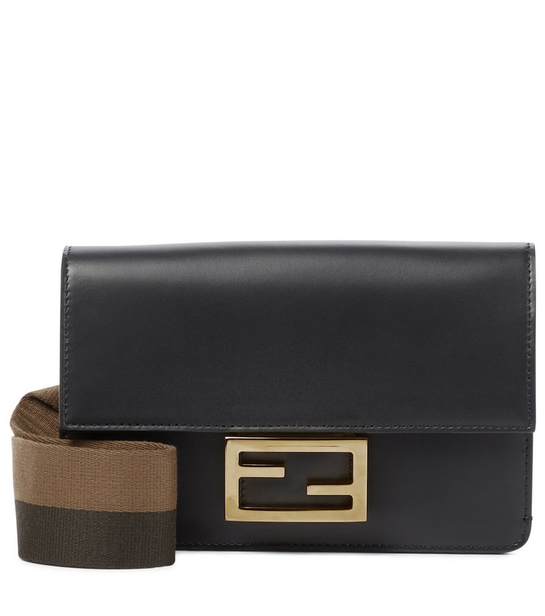 Fendi Baguette leather shoulder bag in black