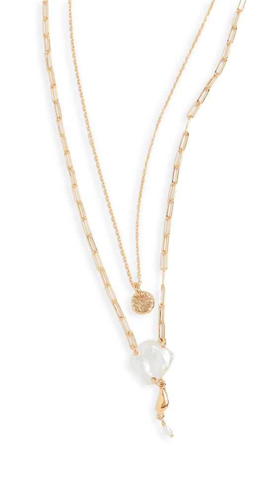 Chan Luu Pearl Necklace in white
