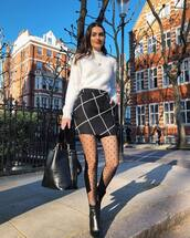 skirt,mini skirt,high waisted skirt,black skirt,tights,black boots,ankle boots,black bag,white swimwear