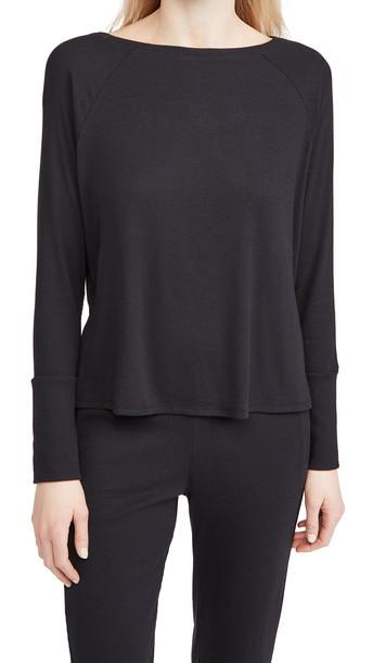 Skin Noomi Pullover in black