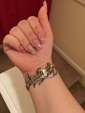 jewels,bracelets