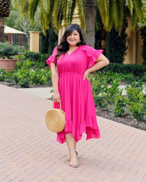 curvy girl chic - plus size fashion and style blog blogger dress shoes bag hat sunglasses jewels
