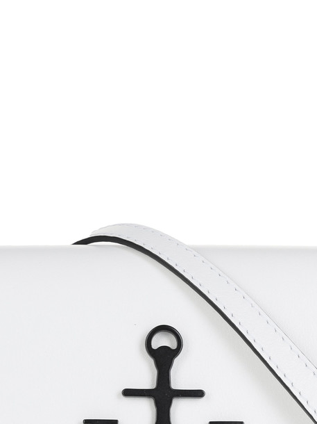 J.w. Anderson Logo Shoulder Bag in nero / bianco