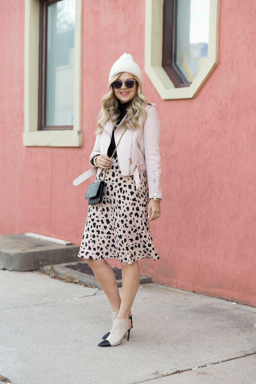 suburban faux-pas blogger hat jacket skirt shoes sunglasses midi skirt beanie leather jacket winter outfits booties